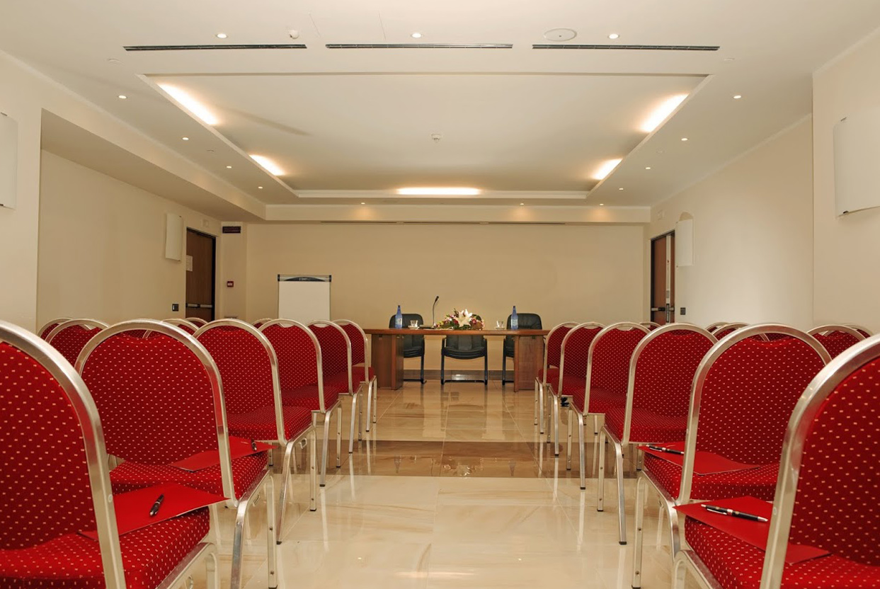 Cardinal hotel st peter conference room rome for Day office roma